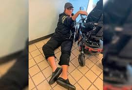 Abby Lee Miller shares photo of fall from wheelchair at Pittsburgh airport  | TribLIVE.com
