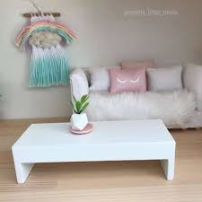 low white contemporary coffee table