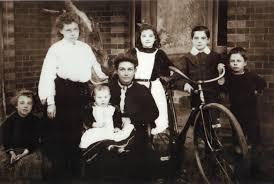 Griffin Genealogy - (lr) Evelina Griffin , Daisy Violet Victoria Griffin ,  Amelia Griffin ,