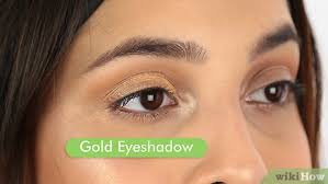 3 ways to make brown eyes stand out