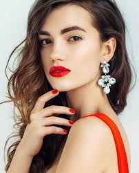 find the 7 party makeup ideas for you
