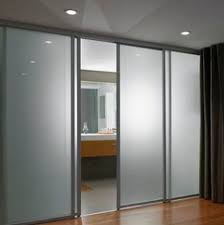 the difference between frosted glass