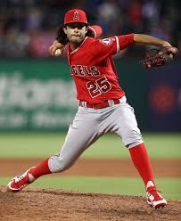 Noe Ramirez - Noe Ramirez Photos - Los Angeles Angels of Anaheim v ...