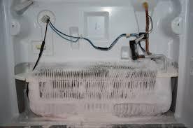 Nguyên nhân và cách khắc phục tủ lạnh đóng tuyết thành công 100%