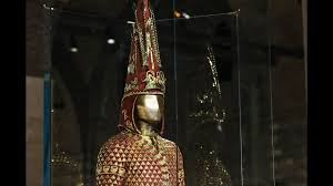 2500 yıllık Altın Elbiseli Adam Türkiye'de THE ANATOLIA POST - YouTube