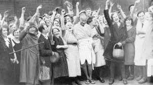 When Mahatma Gandhi was welcomed by textile mill workers of Lancashire