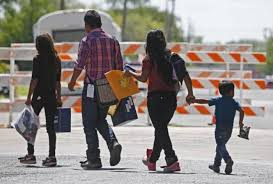 Núcleos hondureños serían deportados como forma de reducir incentivos para  emigrar