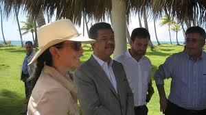 Adriana Cisneros junto a Leonel Fernández | Adriana Cisneros… | Flickr