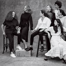 grace coddington takes photo with