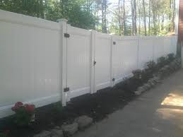 Vinyl Fencing Nelson Fence Co The Top Rated Fencing Company In Central Massachusetts