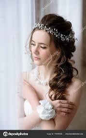 fashion white wedding dress with makeup