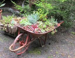 diy vintage wheelbarrow planter ideas