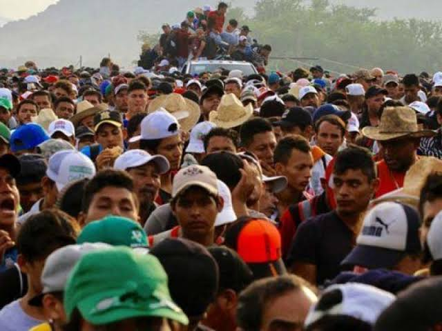 """Resultado de imagen de La caravana migrante pone a prueba el pacto migratorio entre México y EE UU"""""""