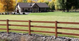 Mocha Walnut Vinyl Horse Fence By A Vinyl Fence Wholesaler Horse Fencing Ranch Fencing Farm Fence
