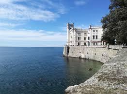 Cosa vedere a Trieste in un weekend, informazioni utili - Finalmente  Venerdì Travel Blog