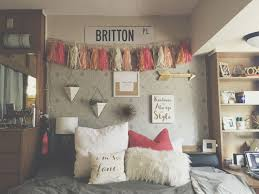 31 Best Dorm Wall Decals Design Ideas Of Wall Decor For Dorm Dorm Room Walls Dorm Room Decor Dorm Wall Decor