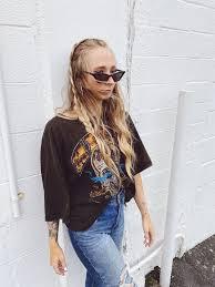 "WEN on Instagram: ""wavy baby 🌊"" in 2020 | Thrift fashion, Amazon fashion,  Zara jeans"