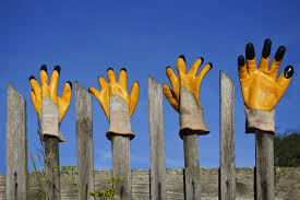 15 Different Types Of Fence Building Tools