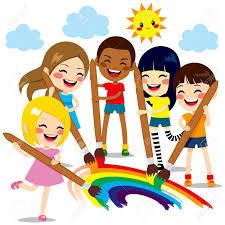 Cinco Niños Pequeños Lindos Pintar Juntos Un Hermoso Arco Iris De ...