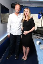Julia Stiles Pregnant With First Child - Juila Stiles Expecting Baby With  Fiancé Preston Cook