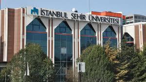 Ünlü isimler İstanbul Şehir Üniversitesi'ne katıldı