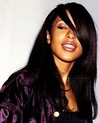 Side-eye game strong 😏💪🏻 #Aaliyah omg love this color on her ...