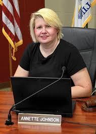 East Aurora School Board re-elects Annette Johnson as president - Chicago  Tribune