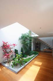 modern houses with interior courtyards