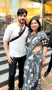 Zayed Khan, Aditya Pratap & others snapped at a seminar by Abha Singh on  LGBT rights, adultery and the pothole menace in Mumbai (6) | Zayed Khan, Abha  Singh Images - Bollywood Hungama