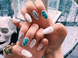 7 best nail salons in singapore for