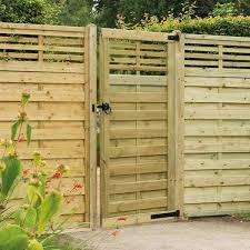 Forest 6ft Kyoto Gate Solihull Tel 01564 702314