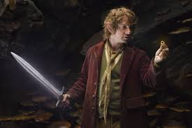 the-hobbit-bilbo-one-ring-sting.jpg (4896×3264)