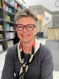 Pavilion Books owner publisher Polly Powell started Quarto advisor Lau |  The Bookseller | Scoopnest