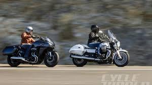 battle of honda ctx1300 deluxe vs moto