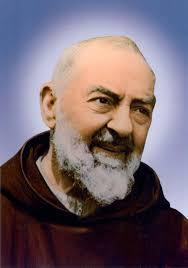23 settembre: memoria di #sanPiodaPietrelcina. O glorioso Padre Pio,  intercedi presso il Signore per tutti coloro che a … | Padre pío, Padre, San  pio de pietrelcina