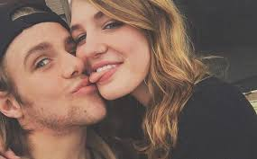 Sophie Nélisse and Maxime Gibeault: rumors are confirmed – Buzz News