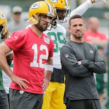 Green Bay Packers: Matt LaFleur must walk tightrope with Aaron Rodgers
