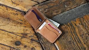 leather bi fold wallet pockets