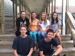 Thursday, August 28, 2014 - 03:12 The class of 2015 started their last year  of high school on Monday. Lucy O'Neal, Abby Morris, Katie O'Neal, Samantha  Styron, Hunter Collins and Hunter Belch In Pre-K through 12th grade, there  are 164 students enrolled at ...
