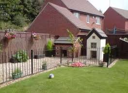 15 Trendy Garden Fence Ideas Dogs House Dog Kennel Designs Outside Dog Houses Outside Dogs
