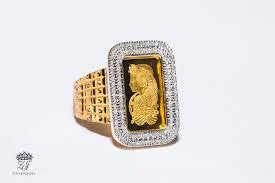 gold diamond custom jewelry in the