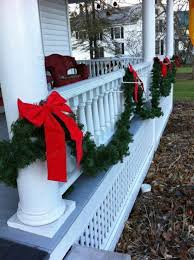 60 Beautifully Festive Ways To Decorate Your Porch For Christmas Christmas Porch Decor Frugal Christmas Outdoor Christmas Diy