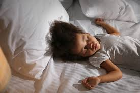 toddler to sleep in their own bed