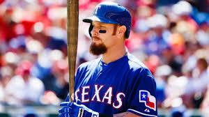 Josh Hamilton returns to Texas Rangers with minors deal