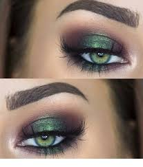cute green eye makeup and eye color