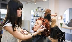 ausbildung zum make up artist