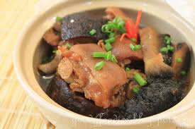 Braised pork knuckle with sea cucumber ...