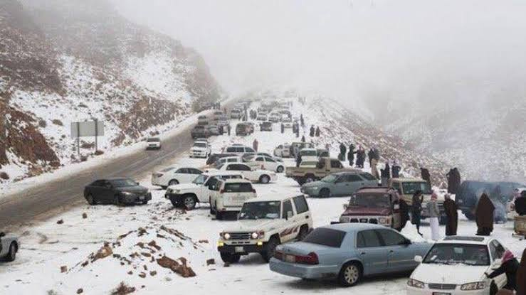 """Snowfall in Saudi Arabia ile ilgili görsel sonucu"""""""