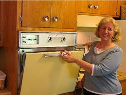 her 1959 ge wall oven broils again