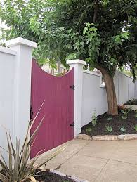 31 Inspiring Stucco Fence Ideas
